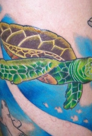 彩绘海底的绿海龟纹身图案