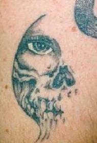 骷髅与人类的眼睛纹身图案