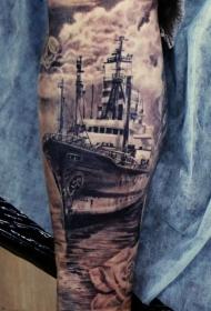 小腿很酷的跨大西洋轮船纹身图案