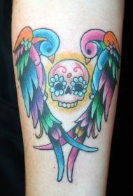 手臂彩色凤凰和头骨纹身图案