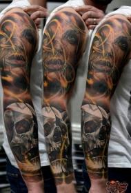 男士手臂恐怖风格彩色神秘女人脸和骷髅纹身图案