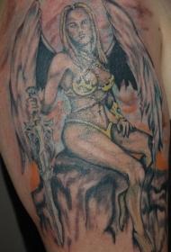 肩部彩色带翅膀的女战士纹身图案
