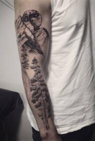 手臂灰洗式山树木风景纹身图案