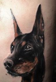 杜宾犬头部纹身图案