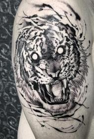大臂邪恶咆哮老虎纹身图案
