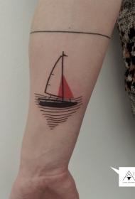 手臂简单的线条小船纹身图案