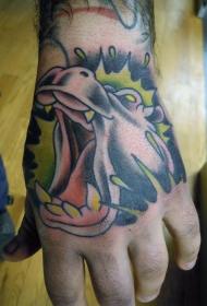 手背绿色背景的河马纹身图案