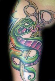 肩部彩色卡通蛇与剪刀纹身图案