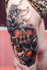 大腿彩色骷髅与玫瑰纹身图案