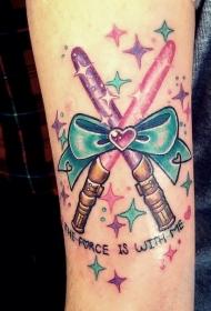 手臂彩色小交叉的光剑弓与蝴蝶结纹身