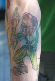 手臂彩色残忍的绿妖精纹身图案