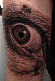 苍老的眼睛和蚂蚁纹身图案