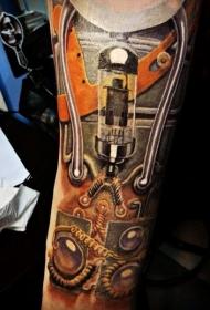 手臂逼真的自然彩色机械纹身图案