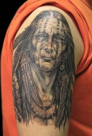 肩部逼真的古老印度肖像纹身图案