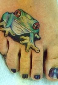 脚背可爱的绿色青蛙纹身图案
