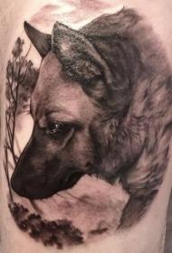 腿部逼真的德国牧羊犬纹身图片