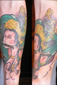 优雅的日式女孩纹身图案