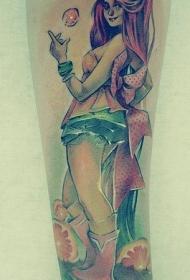 手臂彩色红头发的女孩纹身图片