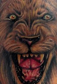 咆哮的狮子逼真纹身图案