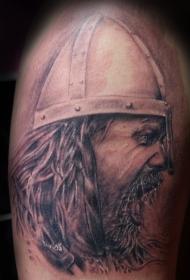 肩部棕色哭泣的战士纹身图案