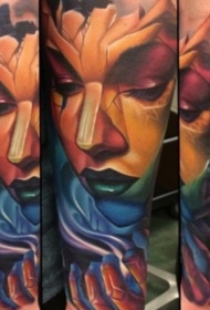 手臂新的学校风格色恶魔女人纹身图案