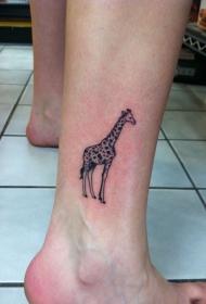 腿部黑色漂亮的长颈鹿纹身图片