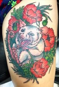 腿部彩色白老鼠在罂粟花纹身图案
