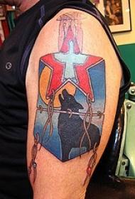 肩部彩色五角星与狼纹身图片