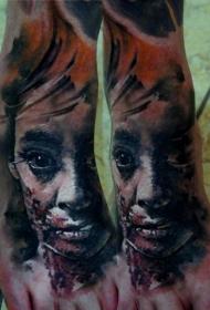 脚部彩色恐怖风格僵尸女人纹身图片