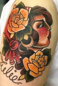 老学校风格传统的漂亮的吉普赛女人纹身