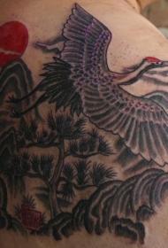 肩部水墨仙鹤山水纹身图案