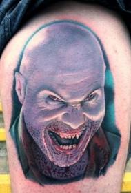 腿部彩色血腥恐怖的人物纹身图片