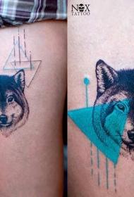 腿部组合色狼头几何纹身图案
