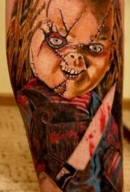 手臂彩色嗜血的小鸡恐怖电影纹身