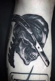 腿部黑灰卓越的雕刻风格骷髅纹身