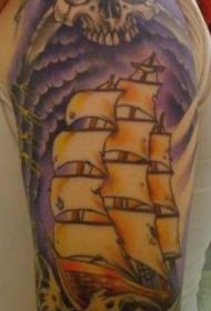 肩部彩色海盗骷髅船纹身图案