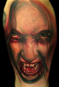 逼真的彩色毛骨悚然吸血鬼纹身图案