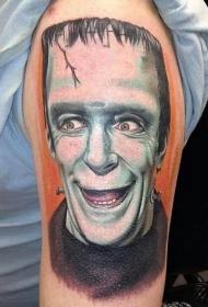 肩部彩色肖像怪物纹身图案