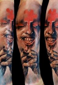 腿部彩色恐怖风格毛骨悚然的怪物脸纹身