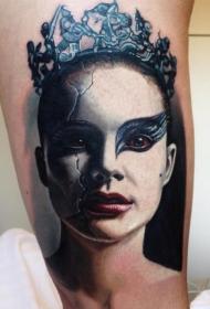 手臂彩色女性肖像纹身图片