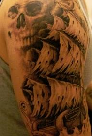 肩部棕色海盗幽灵船和骷髅纹身