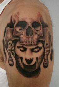 肩部人类骷髅和石像的纹身图案