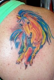 肩部彩色马纹身图案