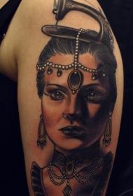 新风格的彩色肩部老式妇女肖像纹身