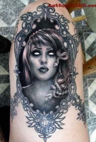 腿部大恶魔美杜莎的肖像纹身图案