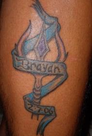 腿部彩色三叉戟孩子名字纹身