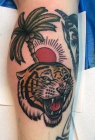 老派风格设计彩色咆哮虎纹身图片
