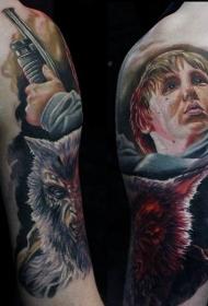 现实主义风格的彩色猎人纹身图案