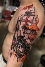 手臂彩色新风格古董船与气球纹身图案