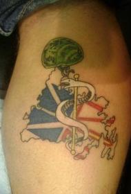 手臂彩色白蛇爱国者纹身图案